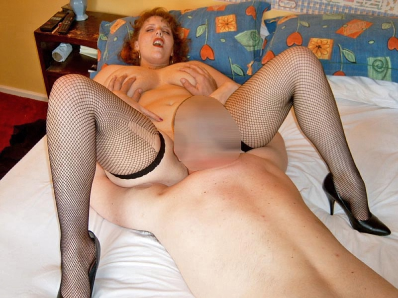 32hh housewife curvyclaire 7 man gangbang 6