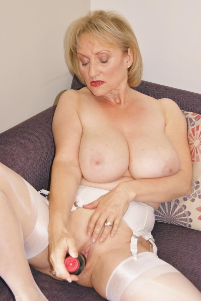 Sugarbabe Nude