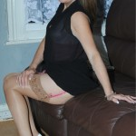 UK amateur Mum in pink knickers & stockings